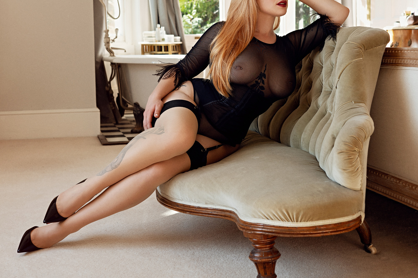 Experience intense sensations with an erotic massage