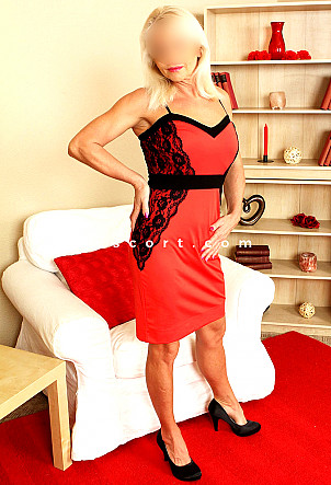 Elisa Milf - Girl escort in Lugano