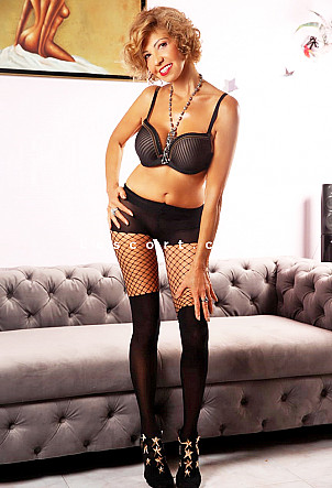 Miriam - Girl escort in Lugano