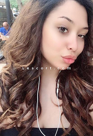 Omai - Girl escort in Geneva