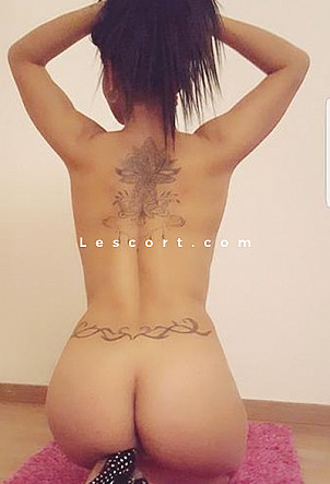 Leila - Girl escort in Nidau