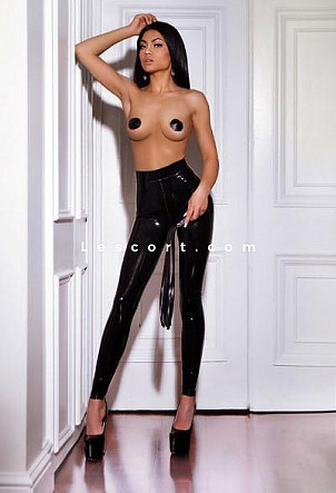 Candy - Girl escort in Lausanne